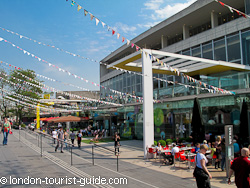 Restaurants along the Southbank in Waterloo